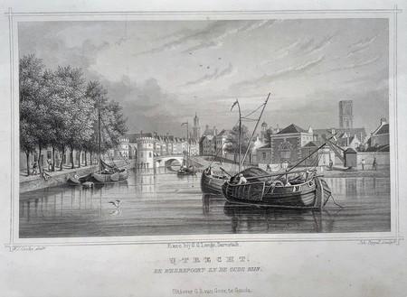 Utrecht. Weerdpoort and Oude Rijn.