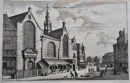 Amsterdam. Sint-Olofskapel, Oudezijds kapel; rechts is in de verte het Zeerechthuis zichtbaar