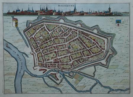 Roermond. Stadsplattegrond in vogelvluchtperspectief. Aanzicht.