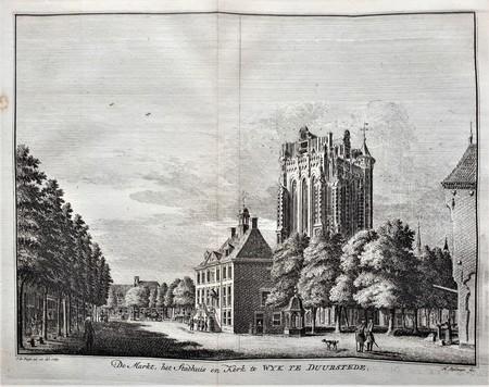 Wijk bij Duurstede. De markt, het stadhuis en kerk.
