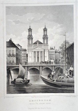 Amsterdam. Waterlooplein. Mozes- en Aäronkerk.